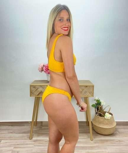 posat divina bikini canale amarillo