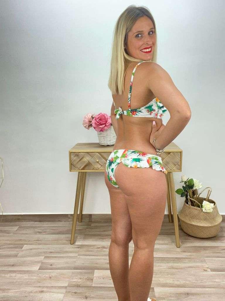 posat divina bikini flores blanco