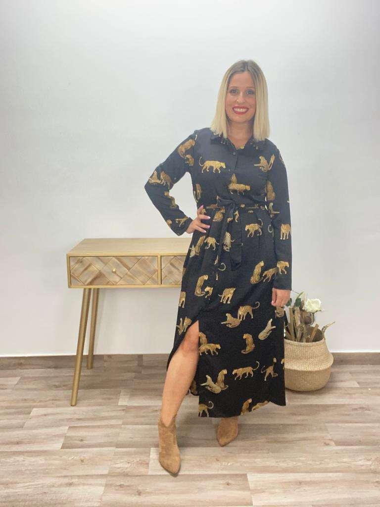 posa't divina vestido leopardos